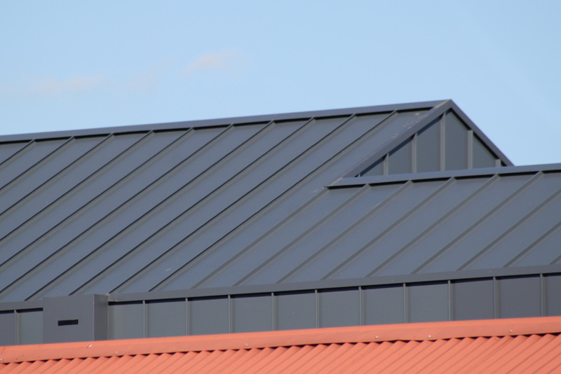 standing seam roof detail