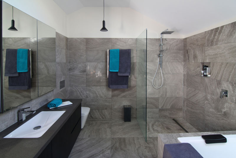 studio renovation hotel-style bathroom